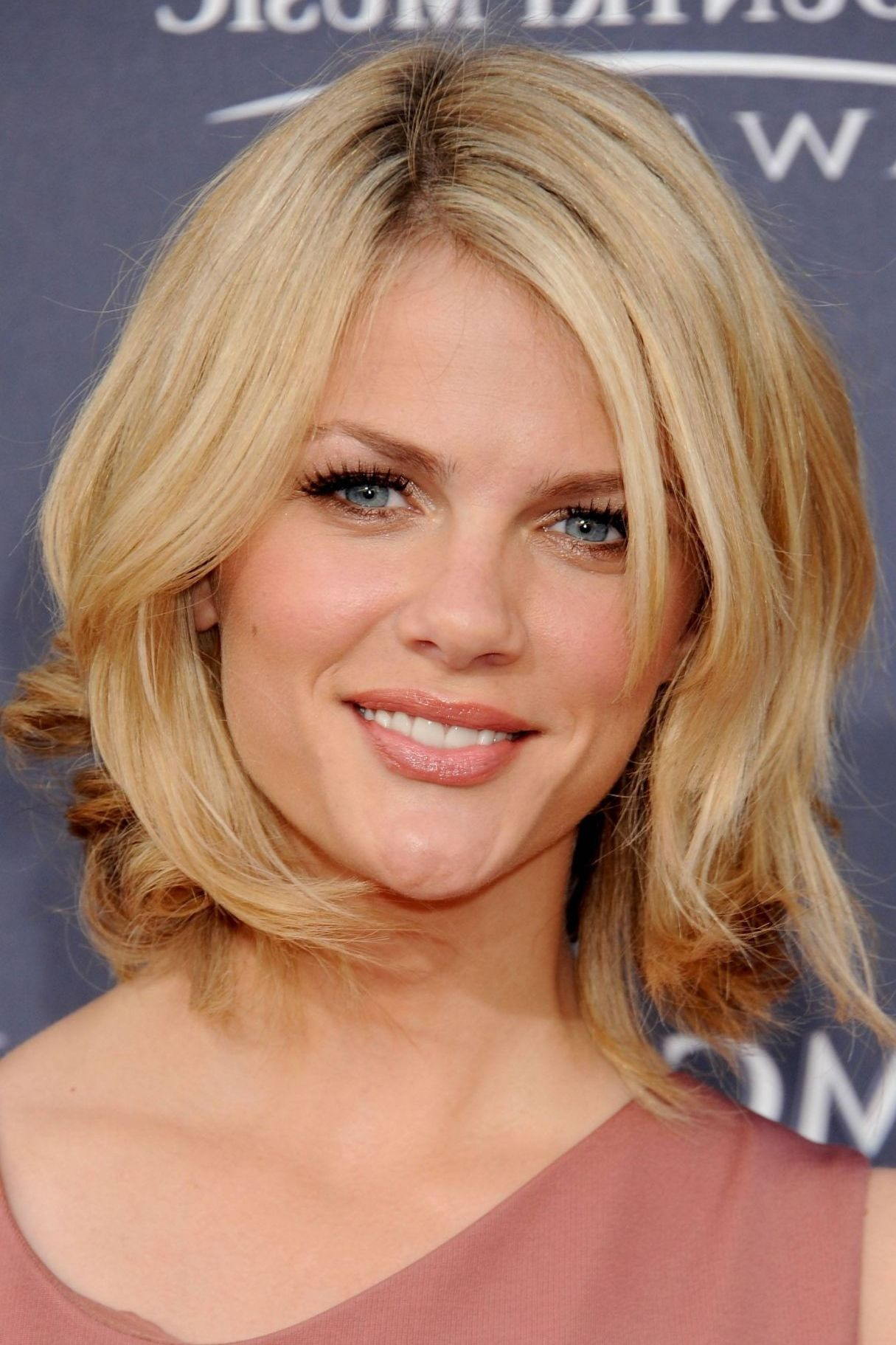 13+ Medium hairstyles for thin hair over 40 ideas in 2021