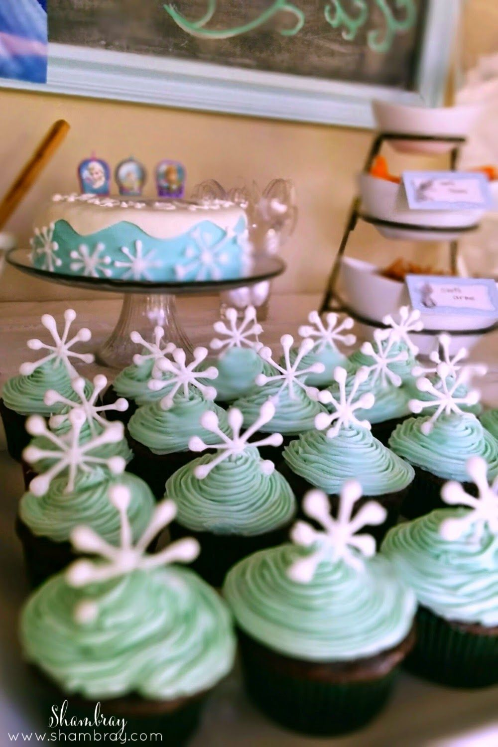 A Frozen Birthday Party For A 3 Year Old 3 Year Old Birthday