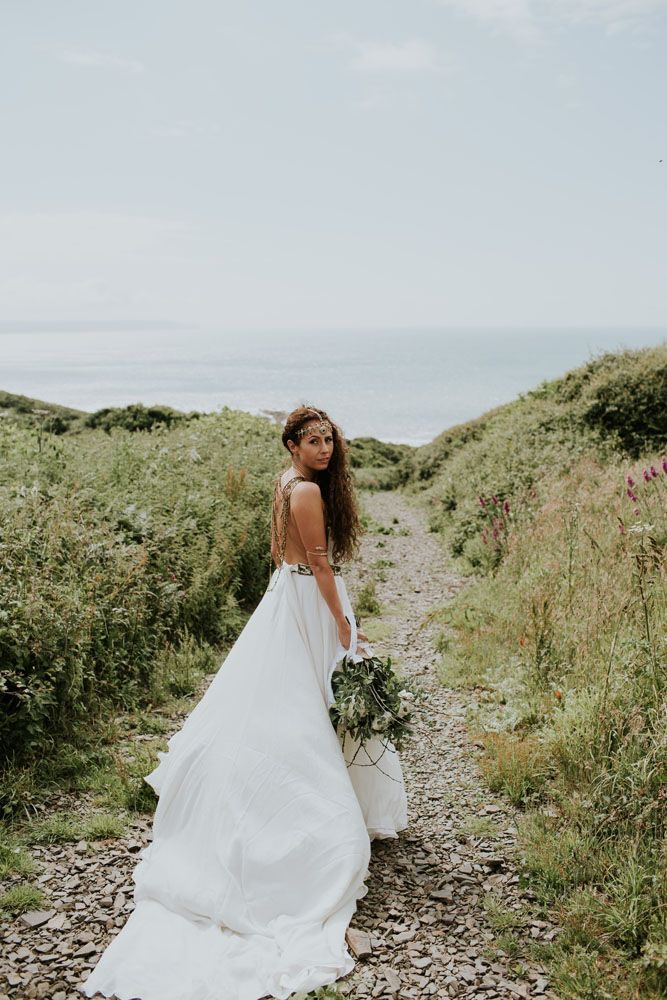 Boho Inspired Shakespearean Wedding In A Cave