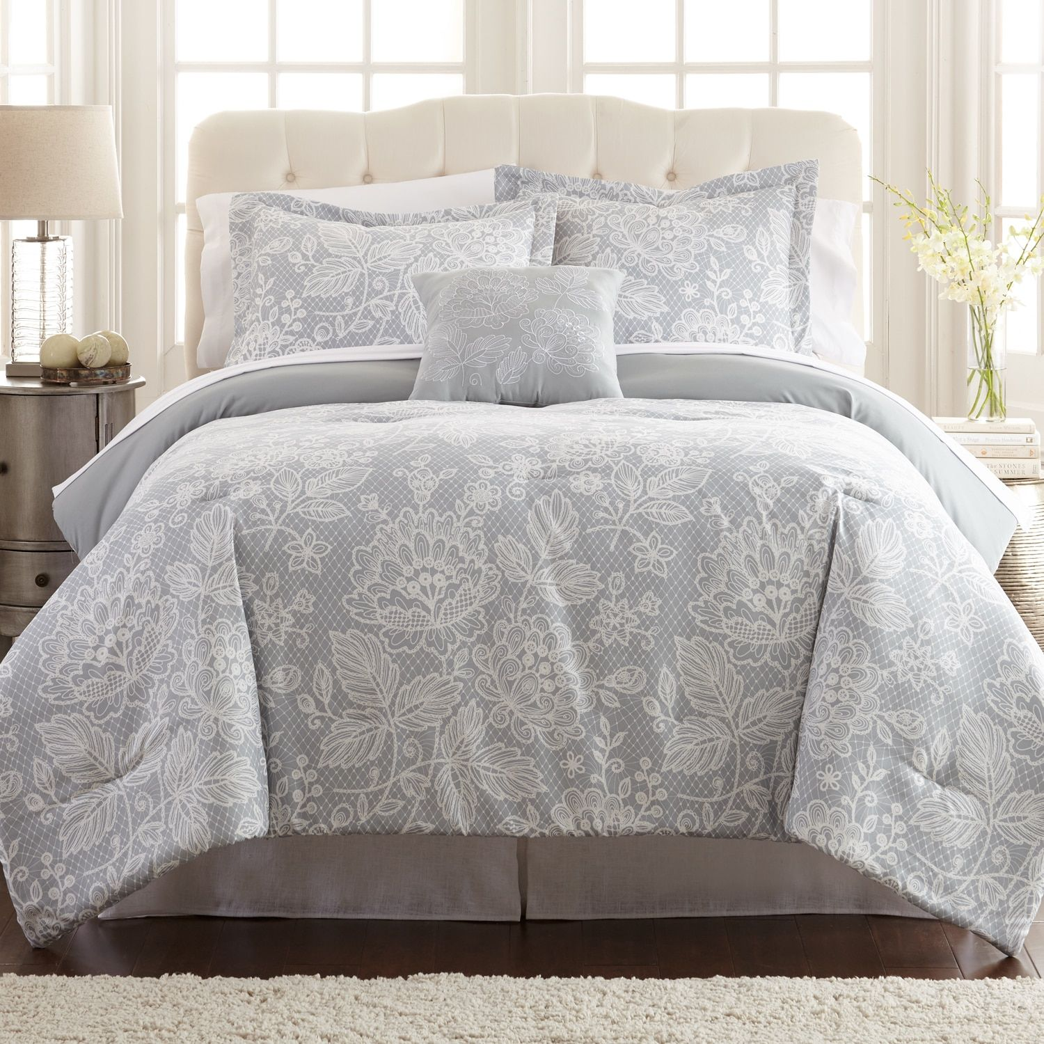 Olivia 8 piece Printed Reversible Bed in Bag Set