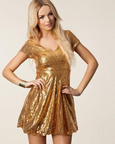 Festklänning Rosene Goldy Dress från Oneness | Sexy Shiny Metallic ...
