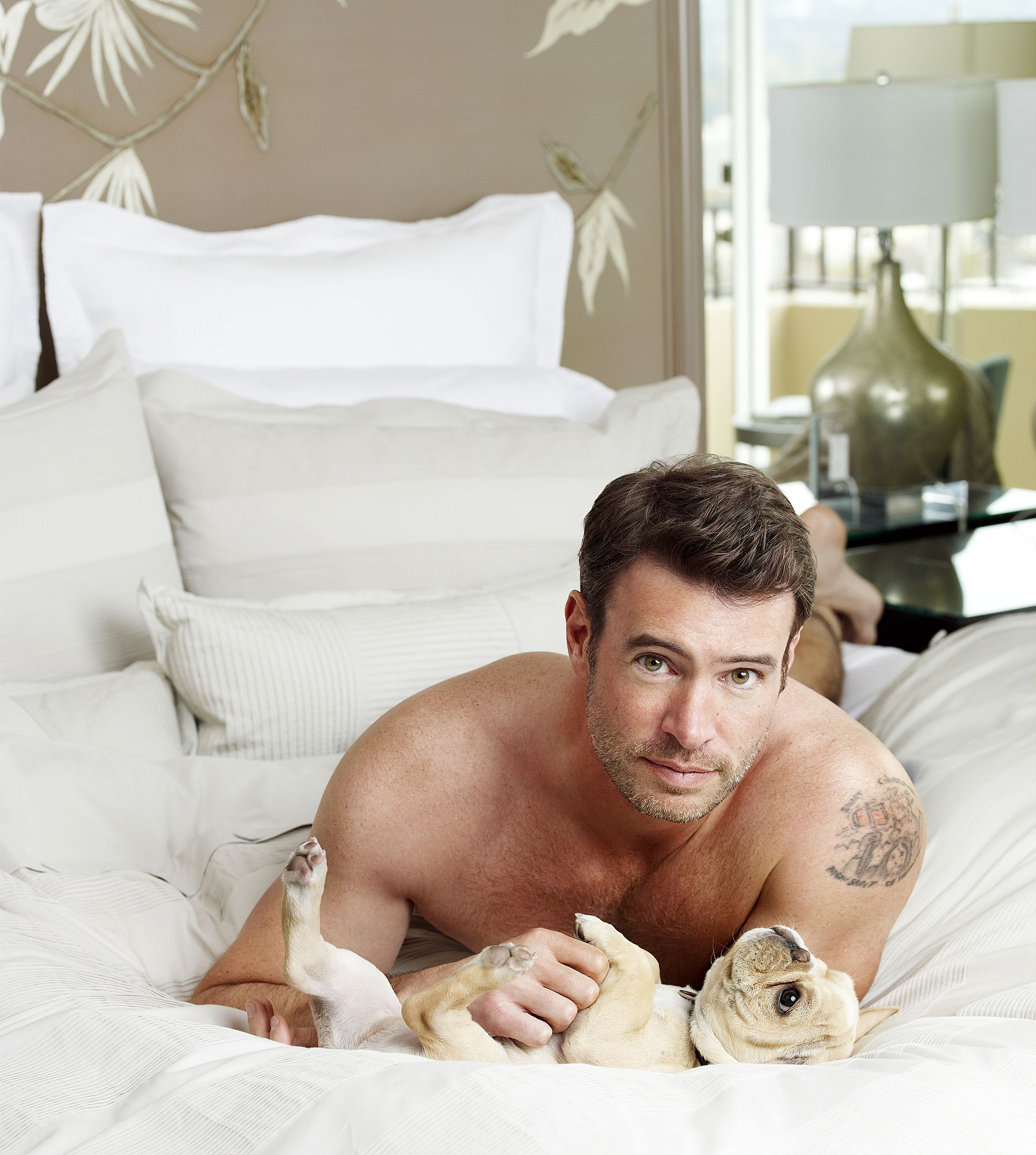 Scott Foley Lies Shirtless in Bed With Puppies for Charisma Photos ...