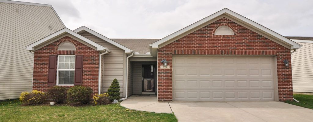Sneak Peek 3br 2ba Home In Lexington Farms Lafayette In Contact The Romanski Group For A Private Showing 765 293 9300 Patio Outdoor Decor Real Estate