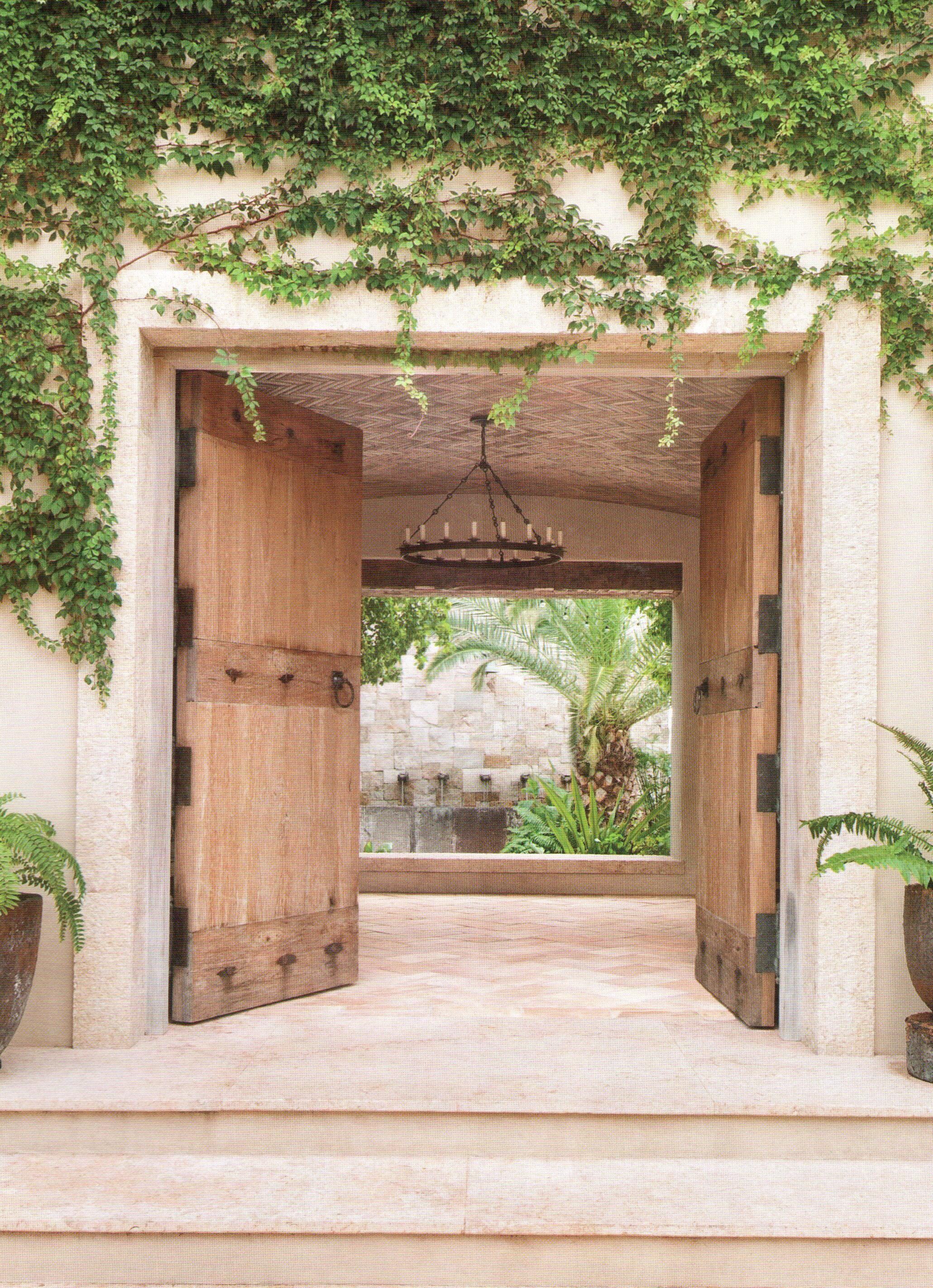 Molduras de marco puerta interior barn doors doors spanish house interior - Molduras para puertas ...