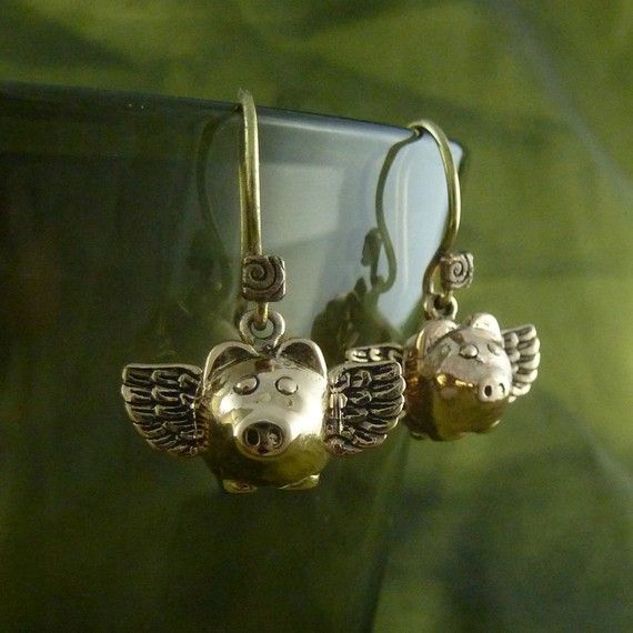 Flying Pig Earrings Bronze Flying Pigs  When Pigs by LostApostle, $24.00
