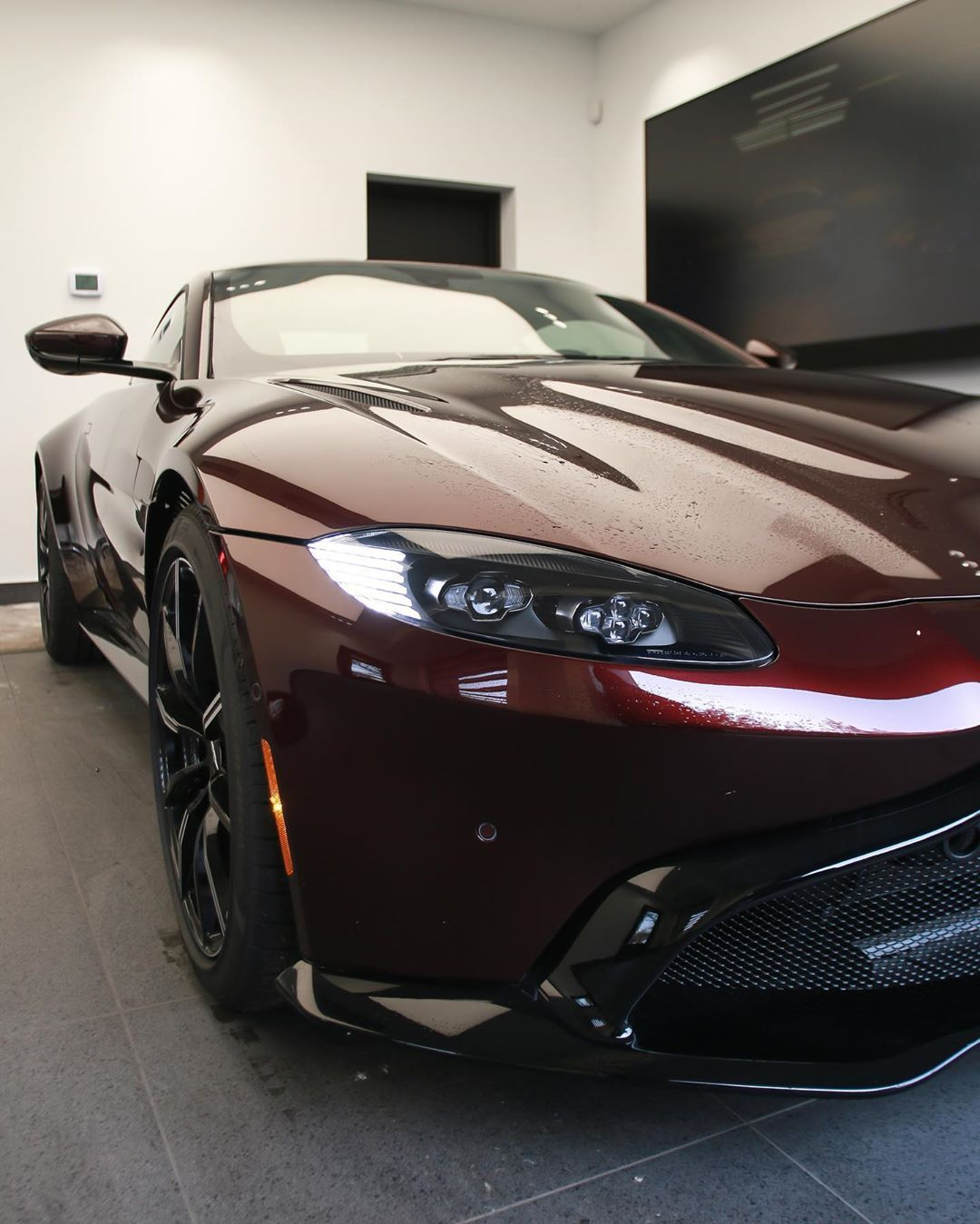 Aston Martin Aston Martin Volvo S60 Aston