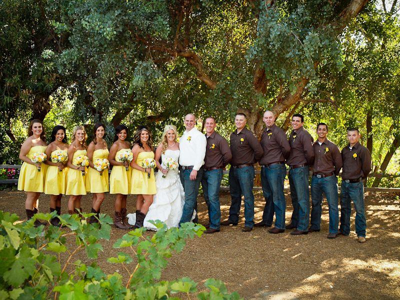 Best 25+ Cowboy wedding attire ideas on Pinterest | Country wedding groom Country groomsmen ...