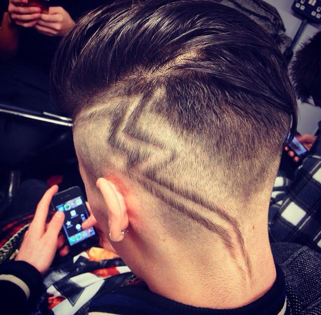 Another cut my tutor did today #barber #barbers #barbering #barberlife #barberking #barbergang #modern #urban #tramlines #barberpatterns