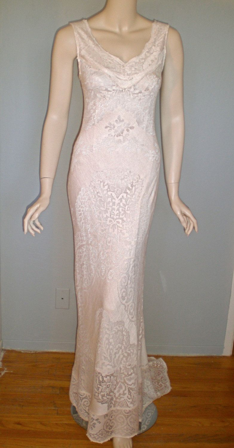 Victorian Blush Scallop LACE Wedding Dress w Train HIppie Boho ooak M-L