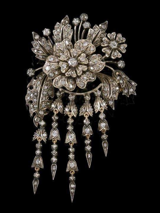 A Diamond Trembleuse Brooch Total Weight C 4 Ct Gold 750 And Silver Brilliants Octagonal Diamonds Some Glamorous Jewelry Gorgeous Jewelry Classy Jewelry