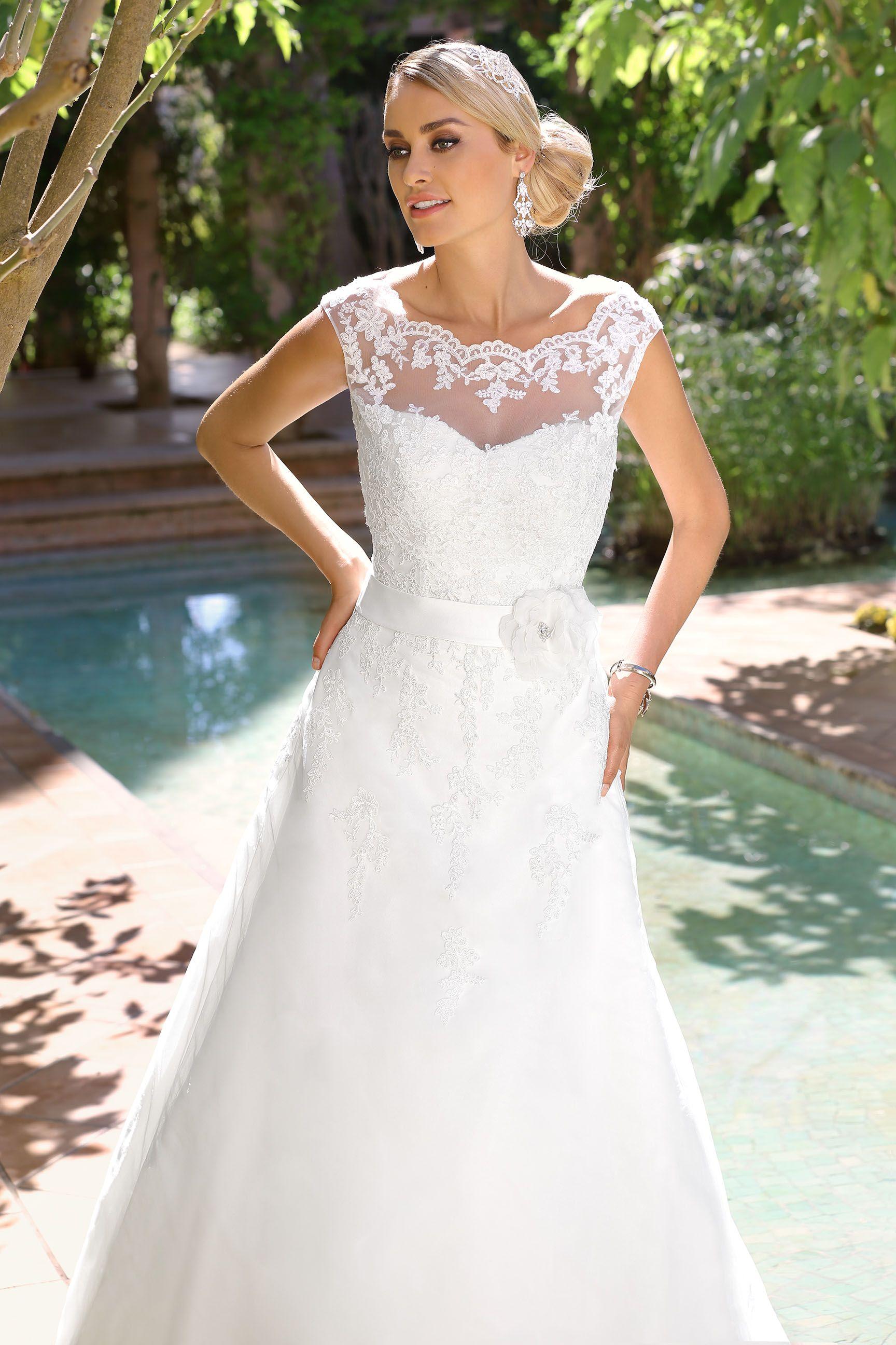 Wedding dress designers under 5000  Ladybird Wedding Dress   wedding gowns  Pinterest  Wedding