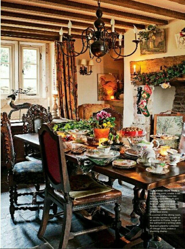 English Country House Dining Room
