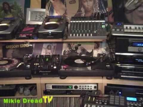 George Nooks - God Bless Our Love - Reggae Lovers