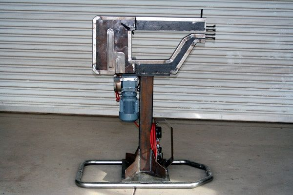 Adjustable Bead Roller By Heatnbeat Homemade Adjustable Bead Roller Powered By A 1 4 Hp 3 Phase Gea Sheet Metal Tools Metal Working Tools Fabrication Tools