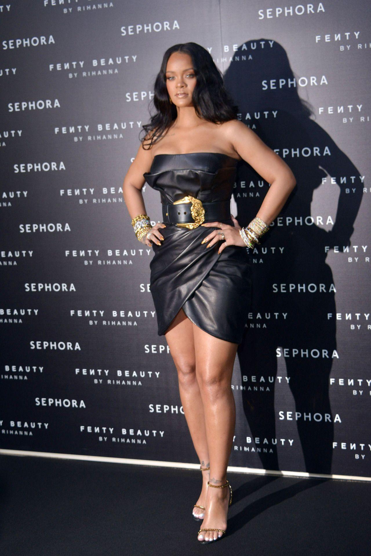 5ee4c05f64315e Rihanna attends the  Fenty  by Rihanna makeup launch on April 5 ...