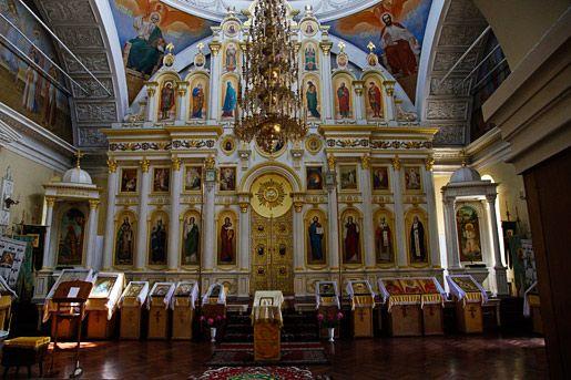 Omsk, la cathédrale La cathédrale Nikolski, intérieur De Brest à