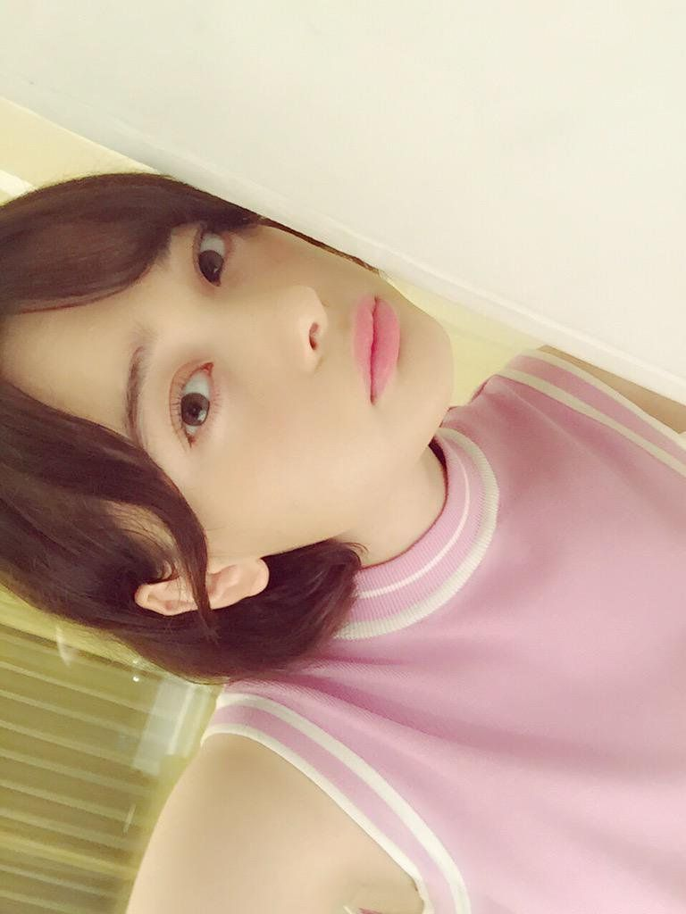 http://s.ameblo.jp/tamashiro-tina/  最近更新率高めな玉城のブログだよ!  爆RTしてくれよな〜〜〜〜〜〜  #拡散希望