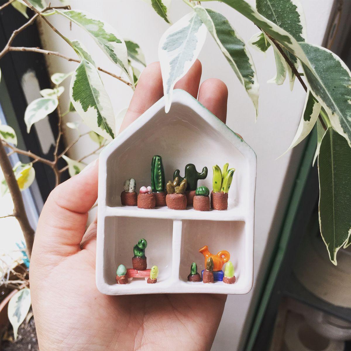 #etsy #etsyshop #etsyseller #ceramic #ceramics #pottery #house #miniatureceramics #miniature #tiny #collector #colorful #handmade #handmadeceramic #beticeramic #istanbul #seramik #ceramichouse #potteryforall