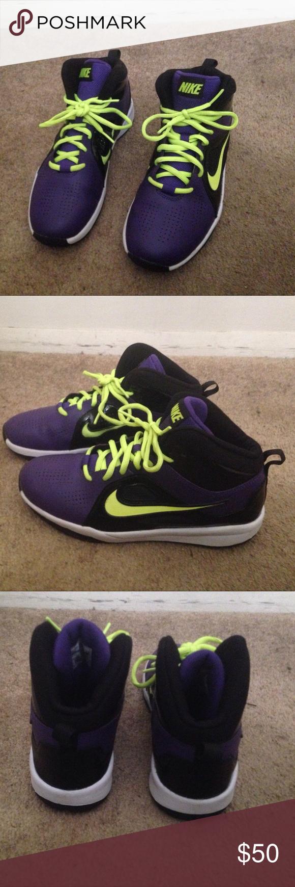 NIKE Athletic Shoes | White nike shoes