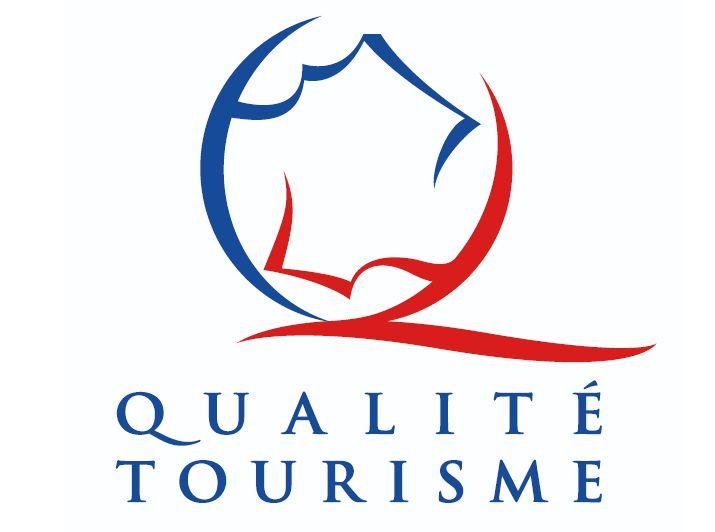Aumento De Gluteos Fontaine De Vaucluse Tourisme Et Office De
