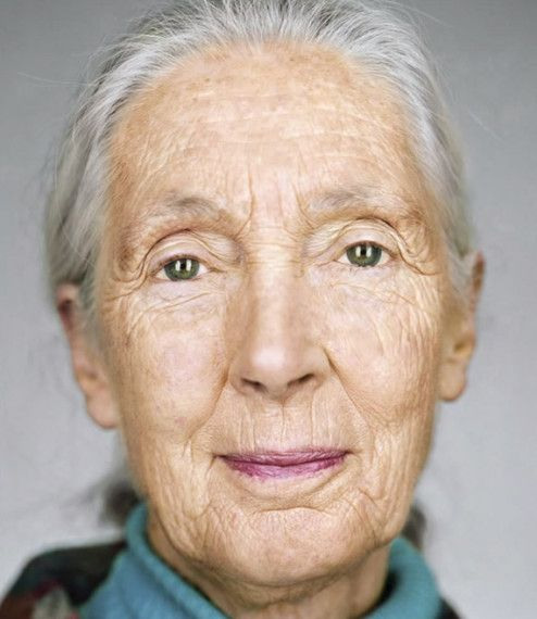 using-uniformity-to-relate by Martin Schoeller