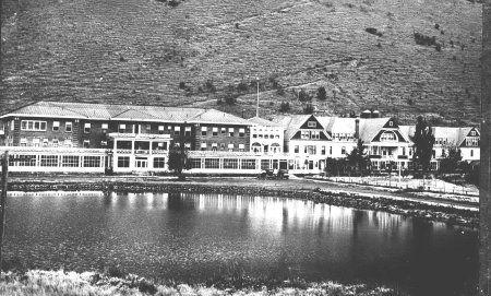Hot Lake Hotel And Sanitarium Near La Grande Union County Oregon It Has