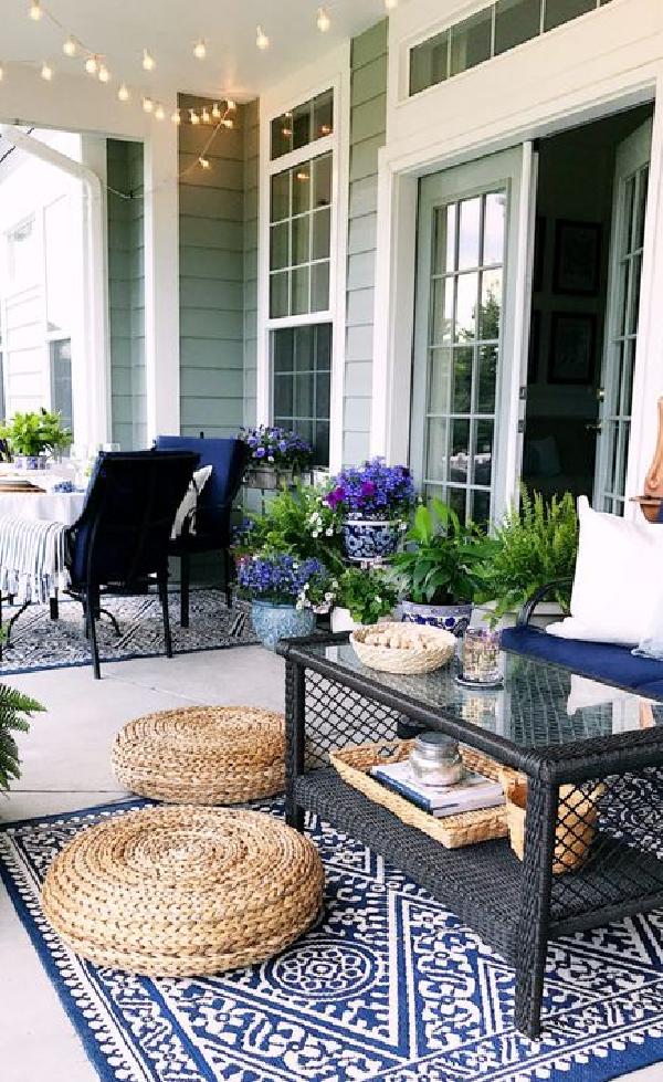 70 Awesme Small Front Porch Makeover Design Ideas Porch Porcelain Makeover Homedecor Front Porch Makeover Front Porch Design Porch Makeover