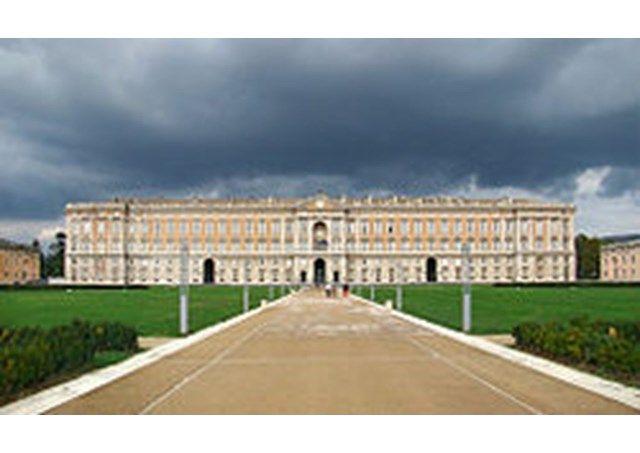 http://bit.ly/1rui7Lz | #PopeFrancis to visit Catholics and Evangelicals in Caserta | Vatican Radio