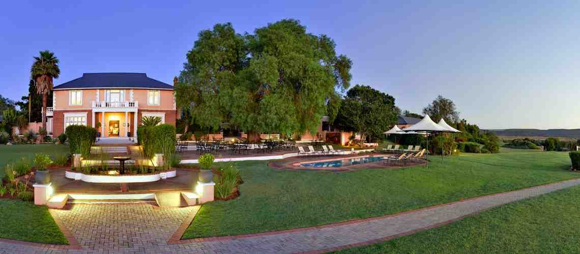 Shamwari Game Reserve For Luxury African Safari Lodges