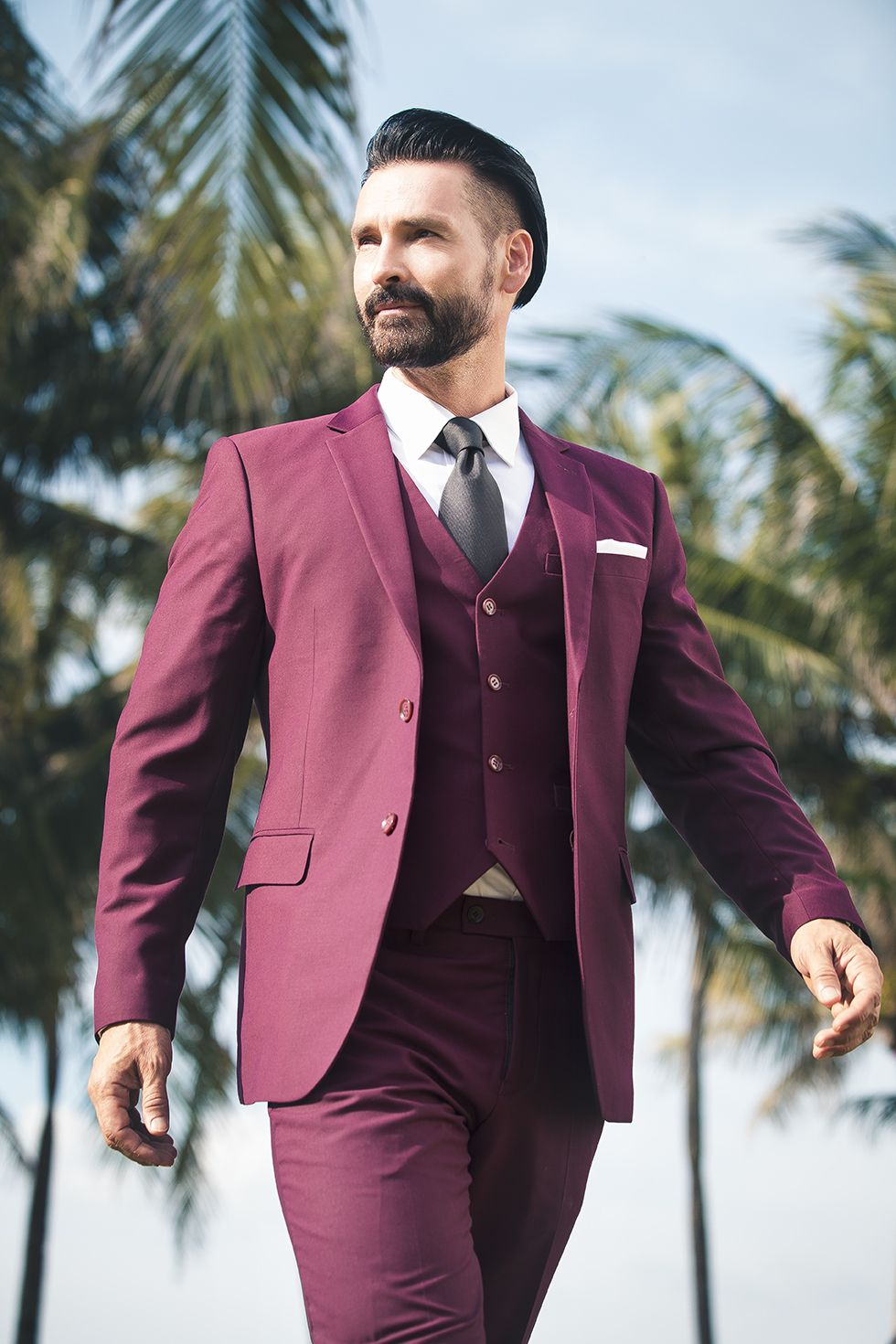 Toddanthonytyler from mensstyle blog theperfectchemical for Black suit burgundy shirt