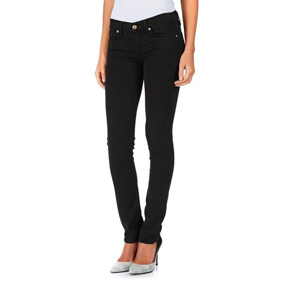 7 For All Mankind Roxanne, black skinny jeans 32 Great skinny jeans, hardly worn, size 32 Roxanne cut with black gemstones on the back pockets, very comfortable! Only selling because my size has changed! 7 for all Mankind Jeans Skinny