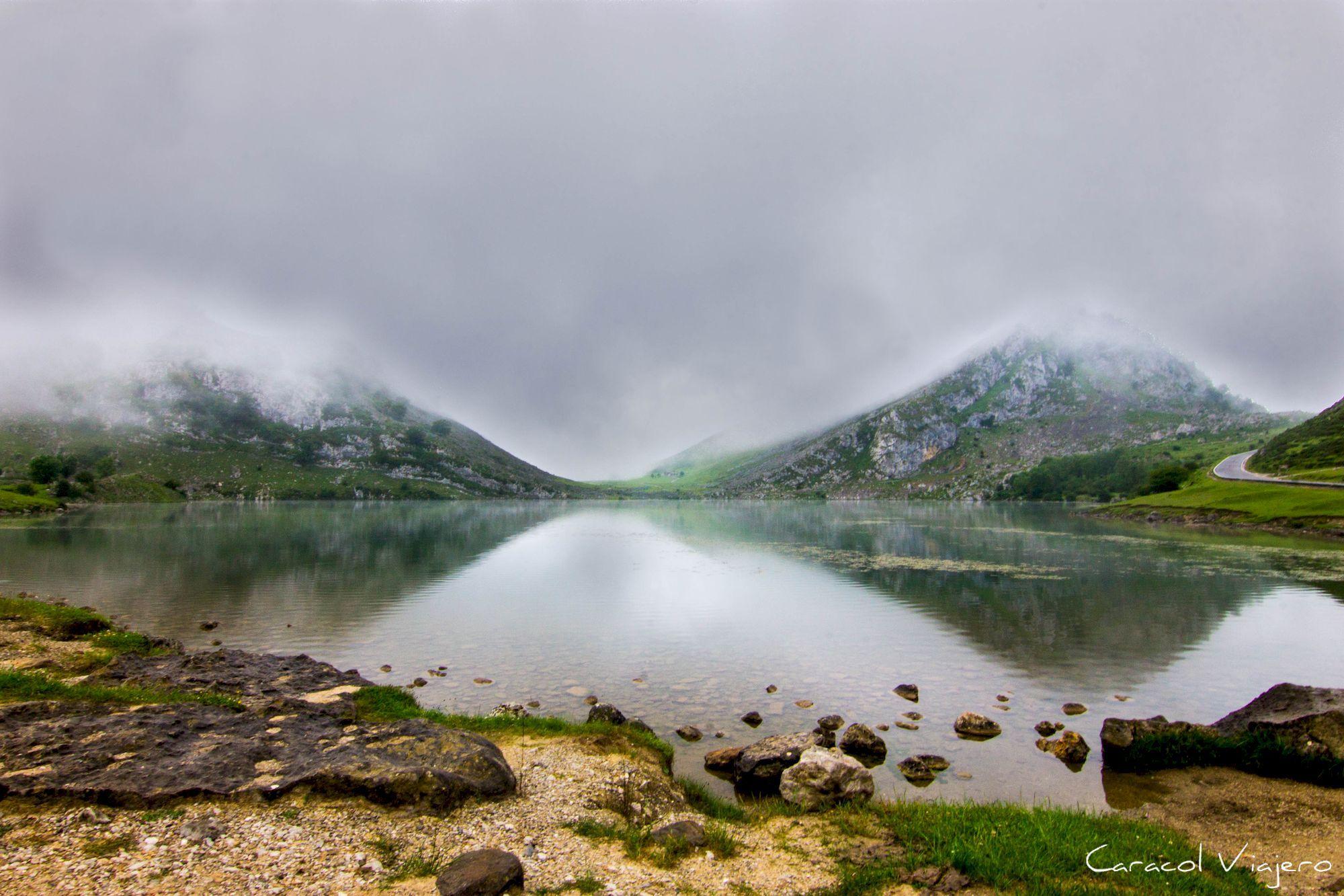 Cómo Llegar A Los Lagos De Covadonga Caracol Viajero Lagos De Covadonga Asturias Turismo Parques Naturales