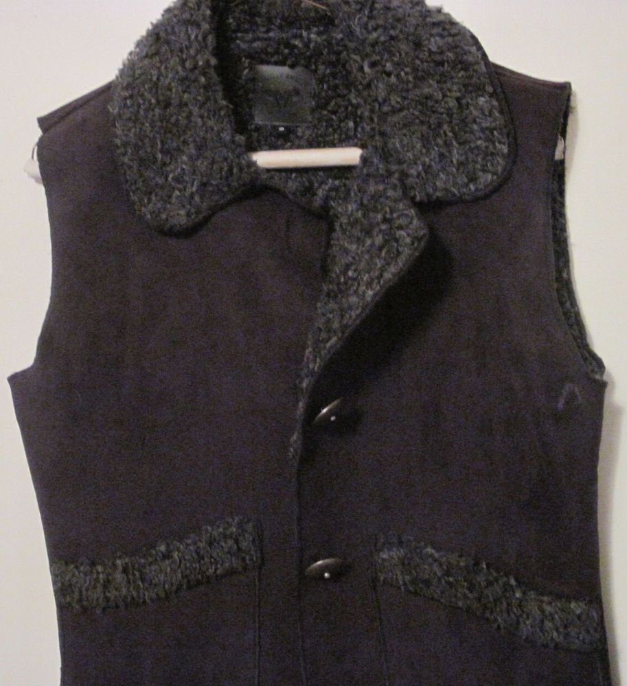 WOOLEY BULLY - NEW women/s black fuzzy vest jacket med. - Ski apres' #WooleyBully #Vest -- warm and cute