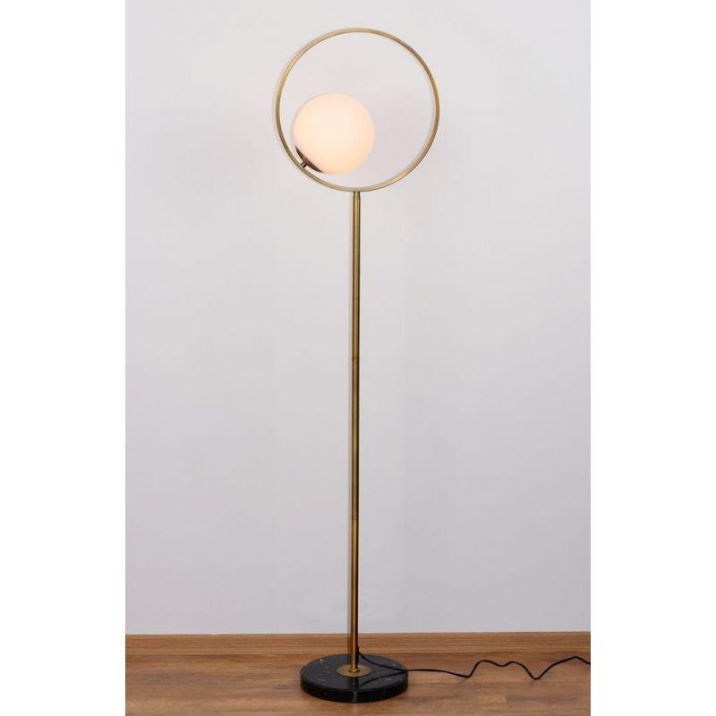Nowoczesna A Zarazem Klasyczna Lampa Podlogowa Z Marmurowa Podstawa Z Nowej Kolekcji Lamp Bella Mcodo Lighting Mirror Table Lamp Mirror