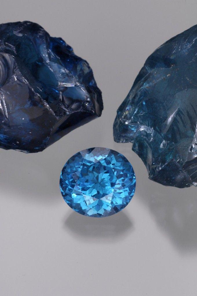 Importers of fine rough and faceted gemstones    Rough & Cut