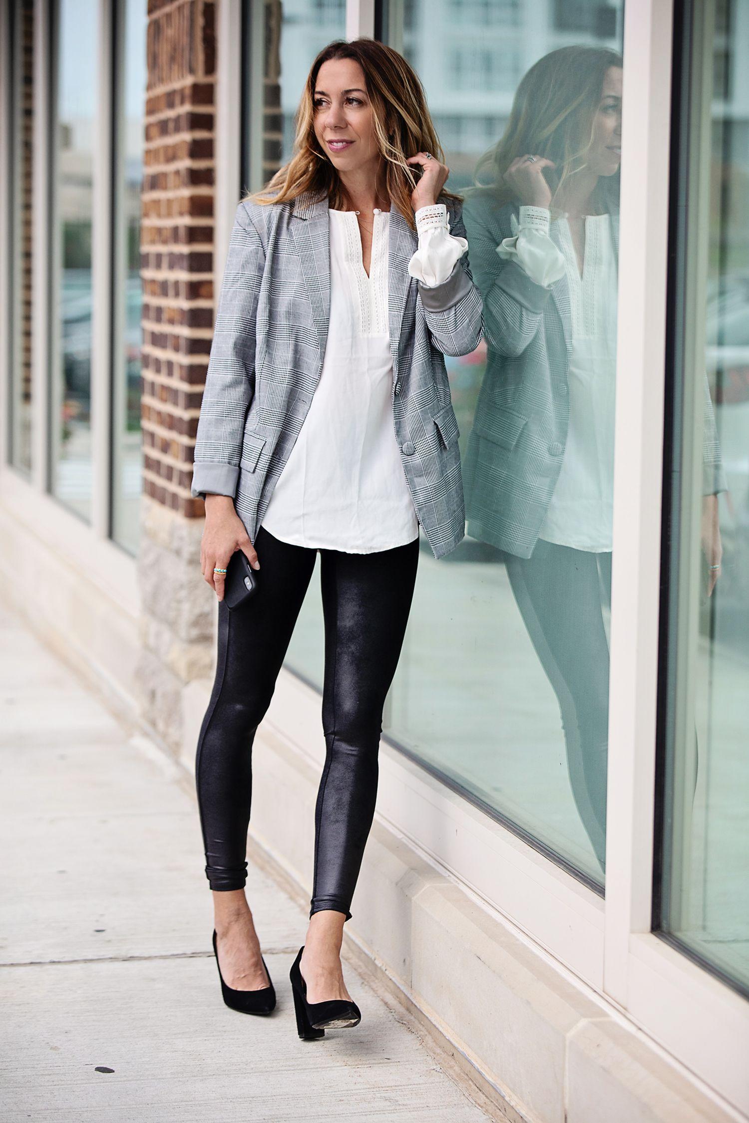 образцы дизайна, картинка стильный лук с лосинах белый фон одежды имеет меньшее