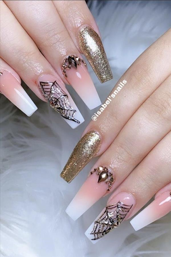 The Elegant Gel Pink Coffin Nails Suitable For Spring And Summer Fashion Girl S Blog In 2020 Diamond Pink Nails Halloween Nails Nail Art Ombre