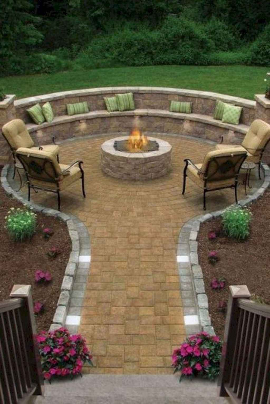 75 Amazing Backyard Patio Seating Area Ideas For Summer In 2020