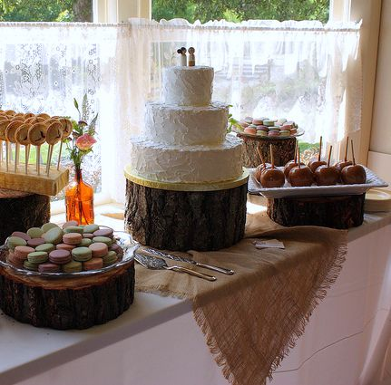 pictures of rustic wedding cake tables rustic wedding cakes rustic table and pie pops 18430