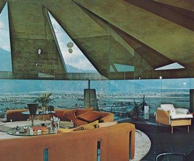 John Lautner's architecture is like dream.