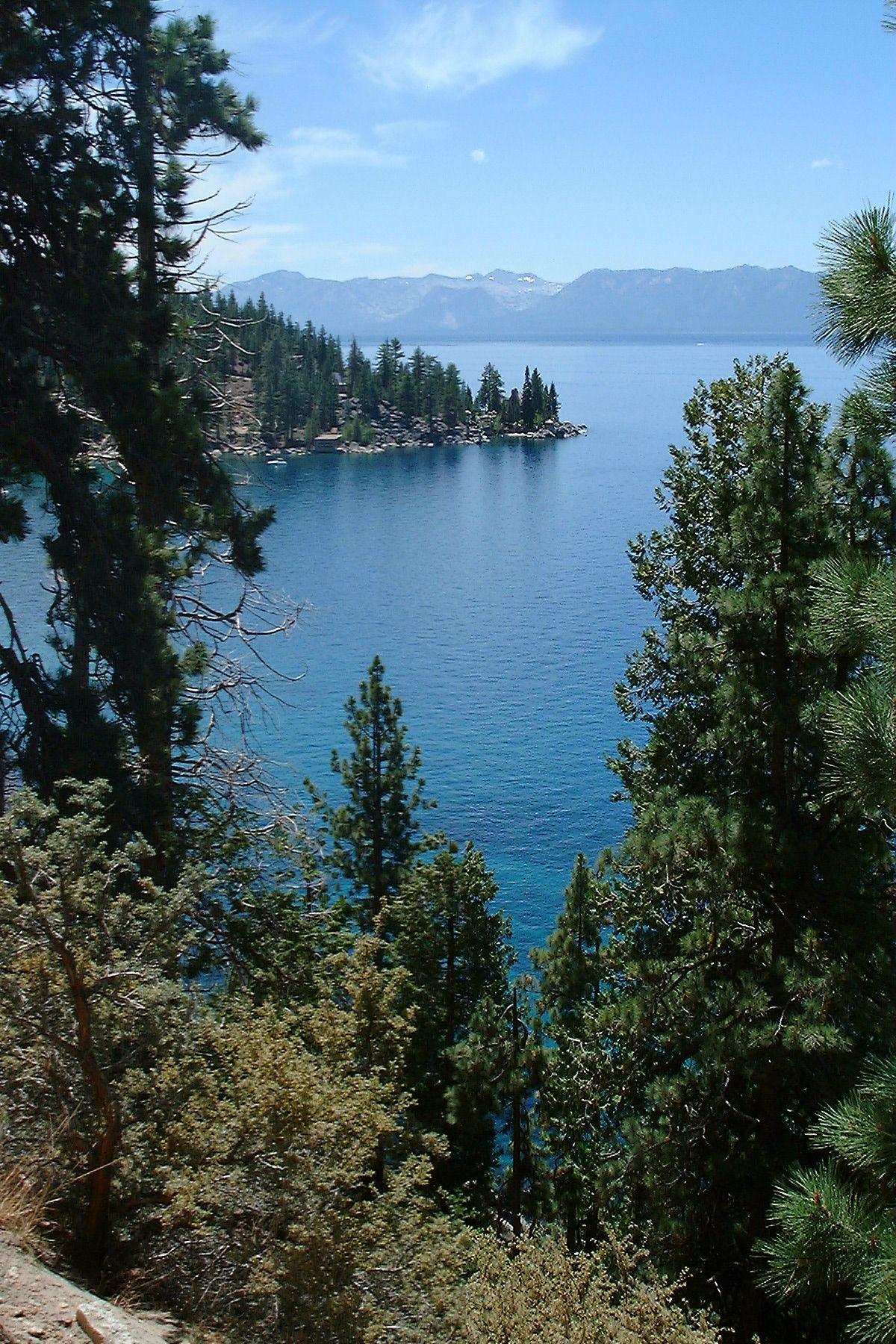 Lake Tahoe (July 12, 2001).