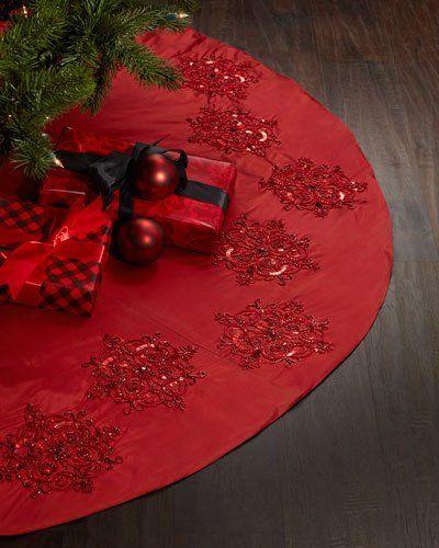 H8FP6 Red Beaded Christmas Tree Skirt | Christmas | Pinterest ...