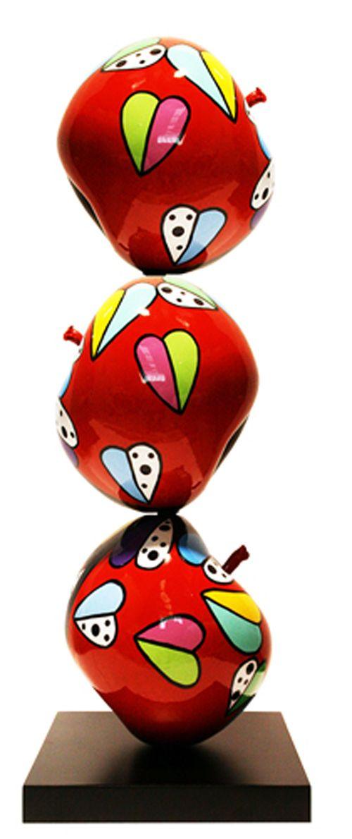Déesse, Triple Pomme Espérance, 2016 -  Dimensions : 65 x 32 x 32 Cm | Inch - Tirages : Oeuvre éditée à 25 exemplaires -  Sculpture: marbre, résine - 875 €