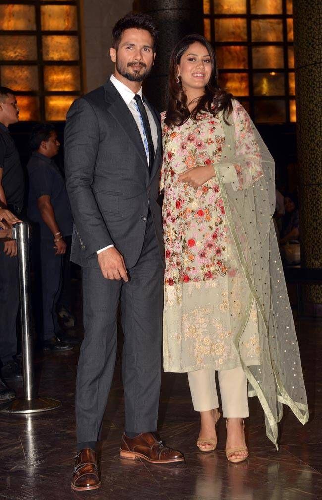 Mira Rajput Salwar Suit wearing during pregnancy