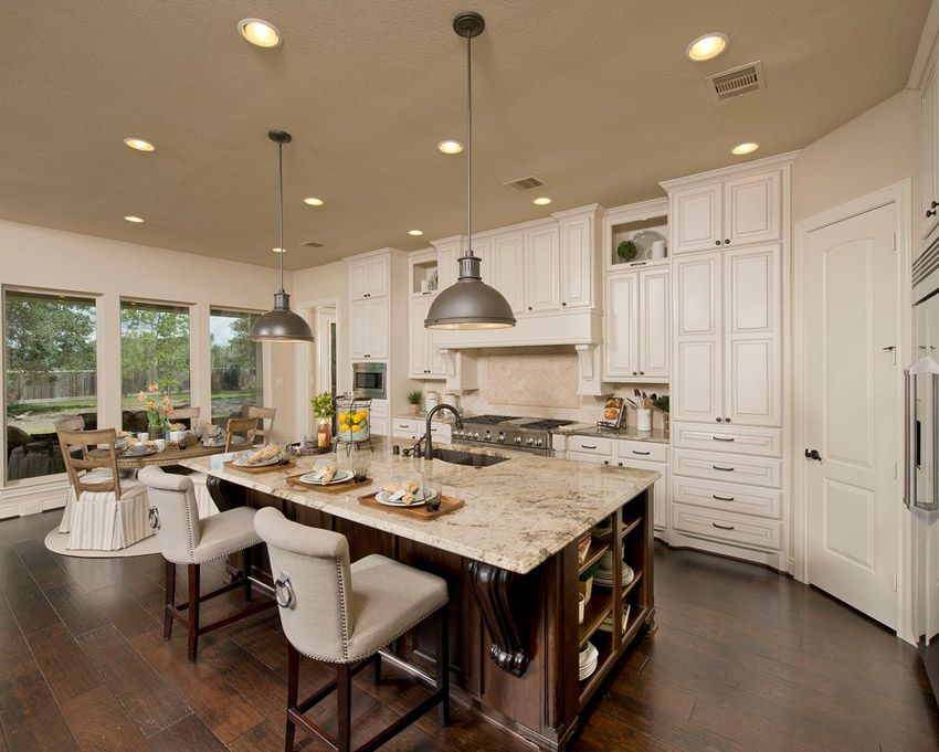63 beautiful traditional kitchen designs luxury kitchens for Traditional luxury kitchen