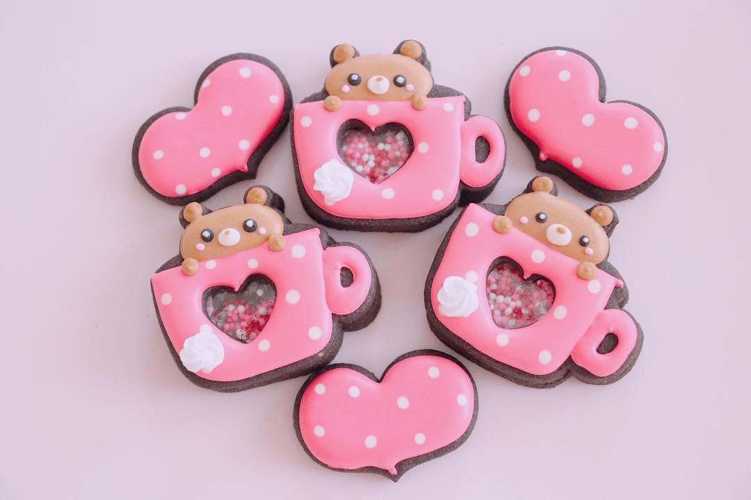 ポカポカクマカップ テディベア プレゼント バレンタインクッキー バレンタイン アイシングクッキーオーダー シフォンケーキ樹里 エクセルみなみ 手土産におすすめ アイシングクッキー アイシングクッキー教室 クッ desserts sugar cookie cookies