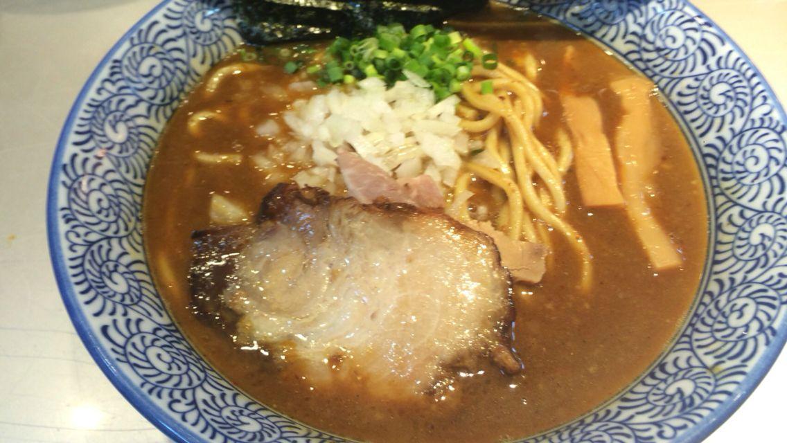 豚骨一燈 カレーラーメン 辛口 チャーシュー丼 ¥780、¥250