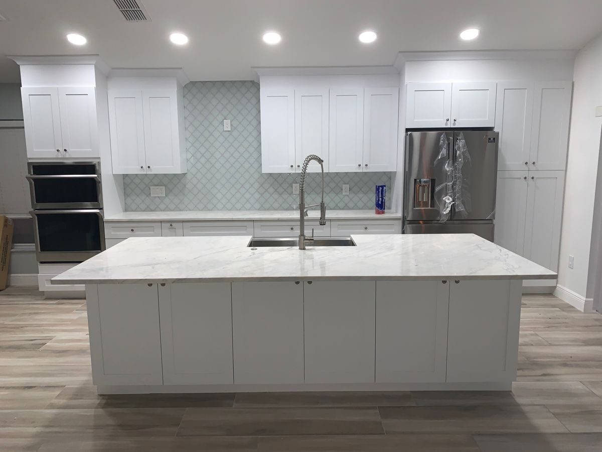 Semicustom White Shaker Kitchen White Shaker Kitchen Quartize Countertops Shaker Kitchen