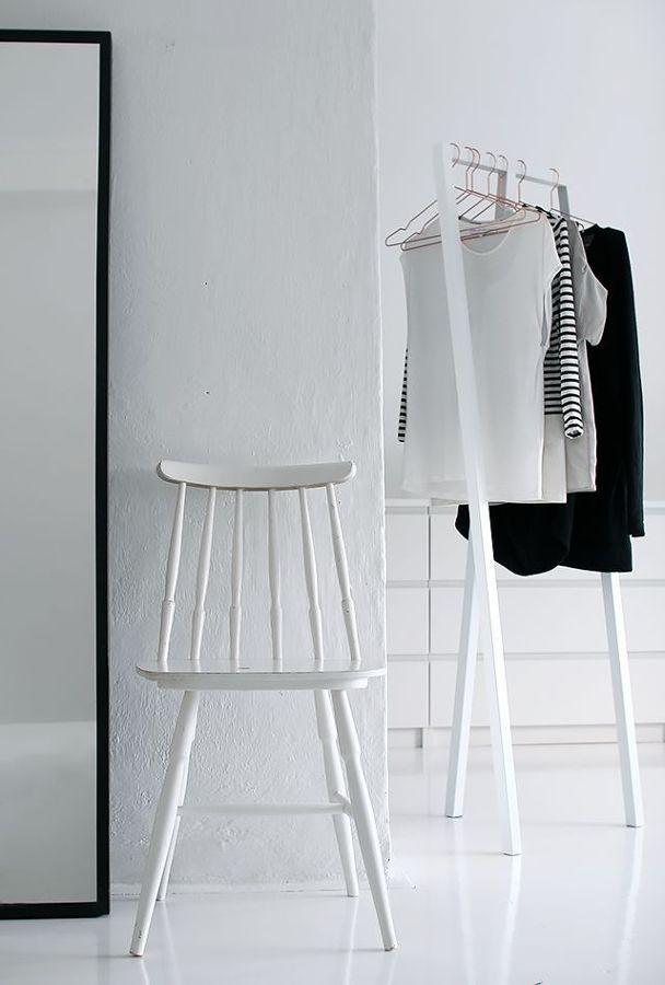 Burro para la ropa blanco #armario #abierto | Vestidores, armarios y ...