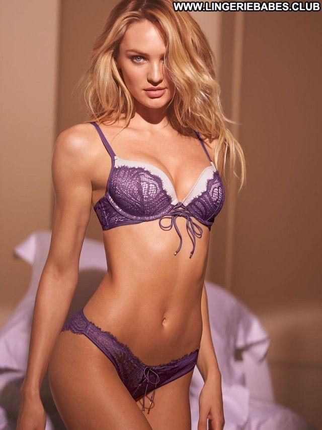 Sexy lingerie webcam